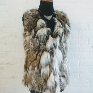 Lovely Marbled Faux Fur Vest, C Luce